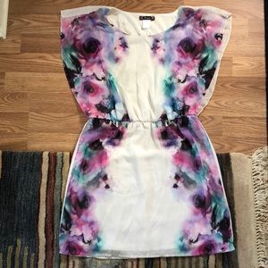 Trixxi white and floral dress size medium